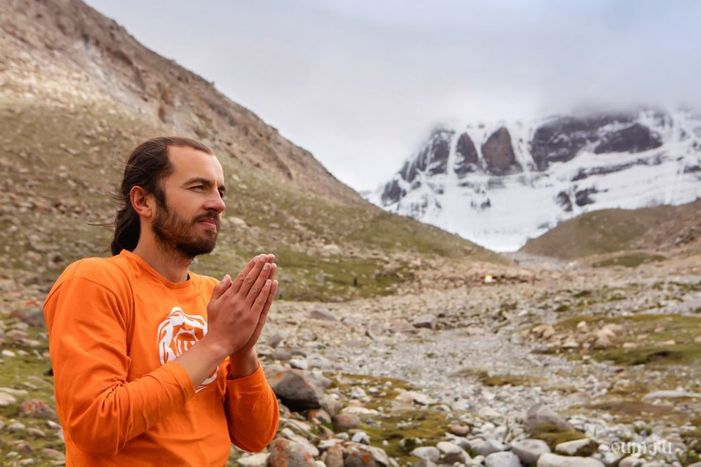 Yogalehrer Eugen Minz am Northface of Kailash.